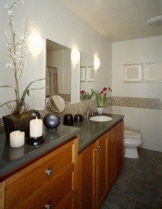 Bath Room With Additional Storage2 Bathroom Vanity2 ...